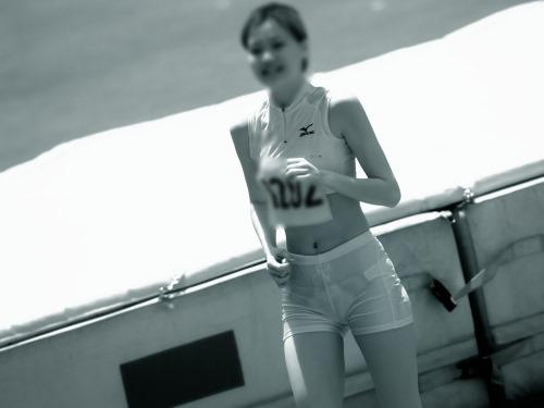 【画像】赤外線カメラ凄すぎ!盗撮された女子アスリートモロ見えだわ 39枚 No.39