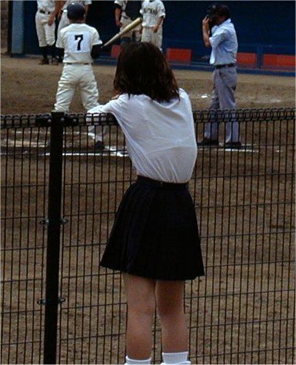 【画像】JKの透けたブラジャーとかブラ紐が青春なエロさだわww 42枚 part.8 No.10
