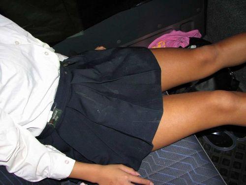 スラっとエロくて健康的なJKの美脚を盗撮したエロ画像! No.6
