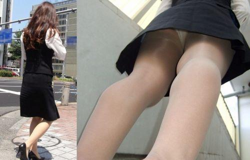 【盗撮画像】ベージュのストッキング履いたOLのスカートを逆さ撮りしたったwww No.7