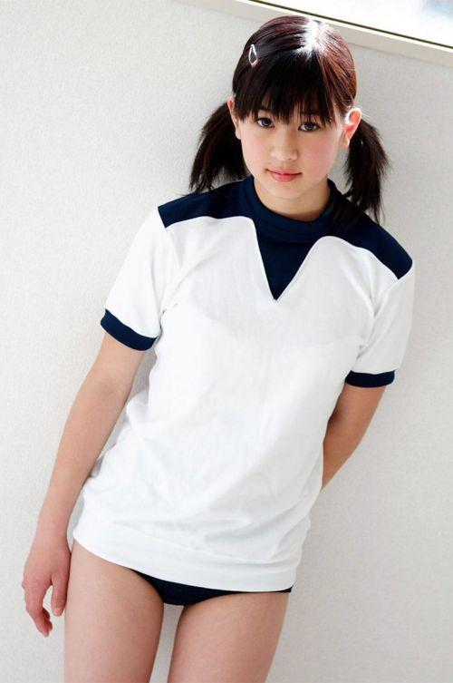 筋肉質でムチムチな部活JKがブルマを履いたエロ画像 No.10
