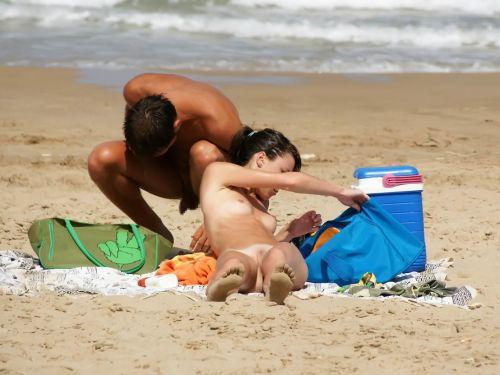海外旅行で一度は行きたい地上の楽園ヌーディストビーチのエロ画像 No.1