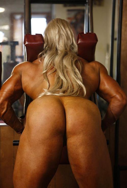 【画像】自分の筋肉の美しさを自撮りしちゃう外人女性達! 37枚 No.21
