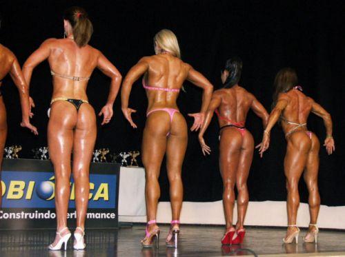 【画像】自分の筋肉の美しさを自撮りしちゃう外人女性達! 37枚 No.35