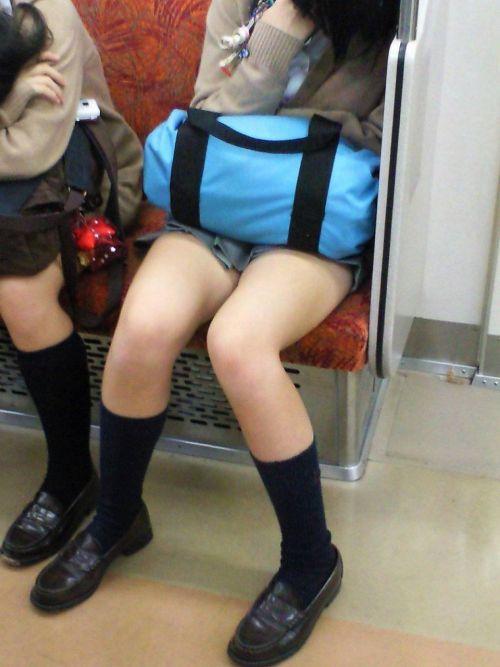 電車通学してるJKの油断した瞬間を激写した盗撮画像まとめ No.30