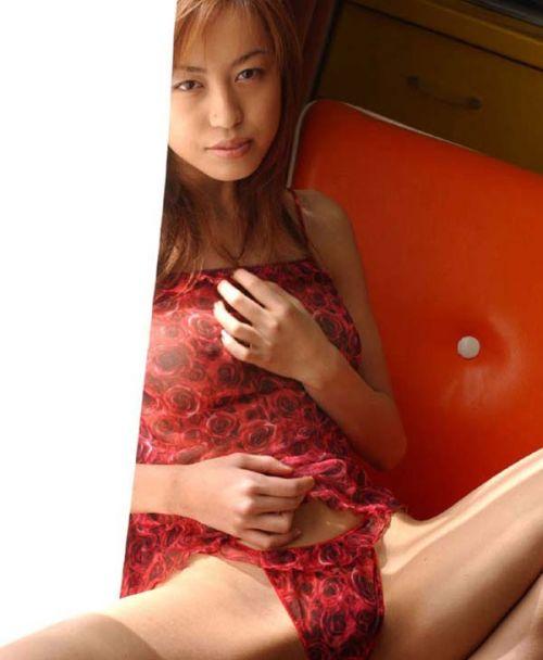 30代男性の伝説的AV女優の及川奈央(おいかわなお)のエロ画像 82枚 No.32