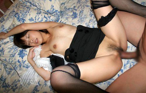 美女がストッキング姿でガンガン突かれる正常位セックスエロ画像 34枚 No.15