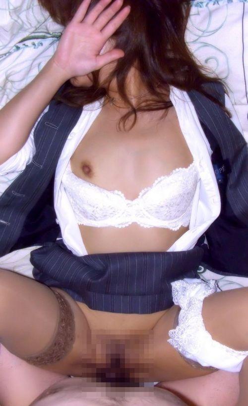 美女がストッキング姿でガンガン突かれる正常位セックスエロ画像 34枚 No.22