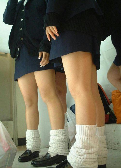 プリクラに夢中になってる素人JKのパンティを逆さ撮りした画像まとめ 42枚 No.10