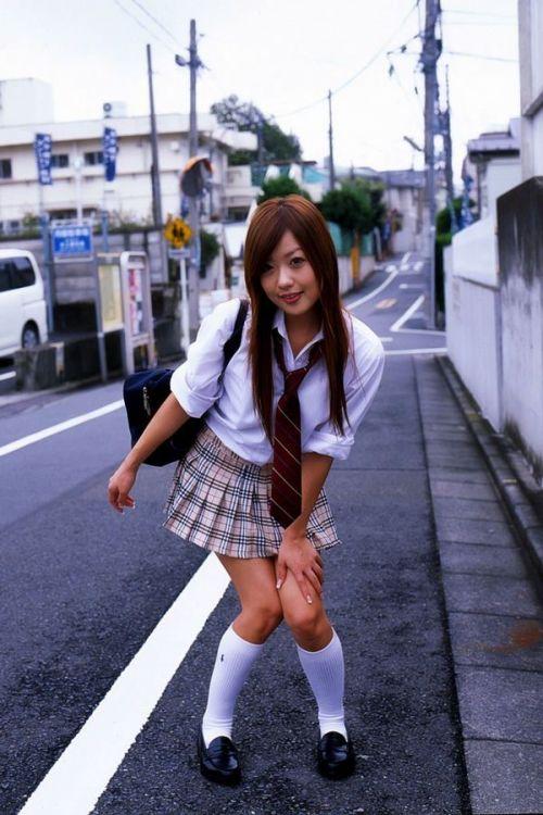【画像】彼女がいないと可愛いJKに色々されたくなる妄想が止まらないよな! No.7