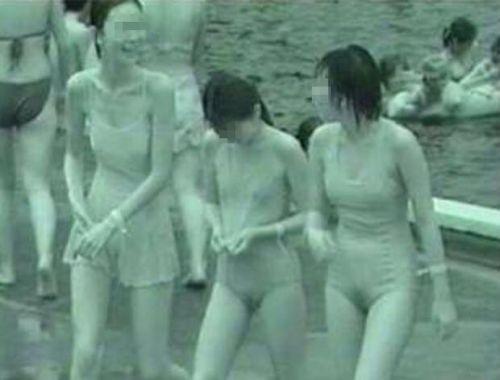 【画像】赤外線盗撮で水着女子の乳首やマン毛が丸見えシコタwww 39枚 No.22