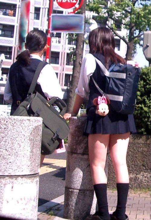 生足に色々な靴下履いたJKを盗撮したエロ画像まとめ No.6