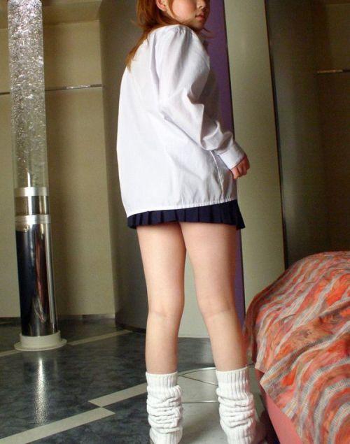生足に色々な靴下履いたJKを盗撮したエロ画像まとめ No.34