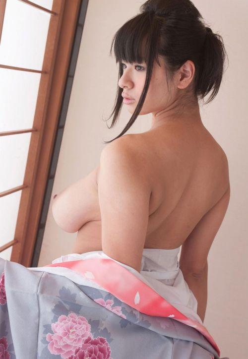 【画像】着物姿でおっぱい丸出しにしてる女の子の色気ヤバすぎwww 36枚 No.14