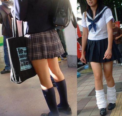 JKの足フェチやソックスフェチのための制服太ももエロ画像まとめ No.12