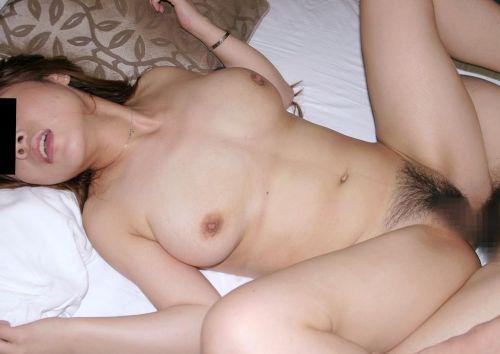 【画像】熟女を乱暴にハメ倒す正常位セックスがエロ過ぎだわ^^ 42枚 No.18