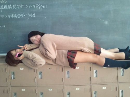 エッチな素人女子校生のおふざけ画像まとめたった! 39枚 No.23