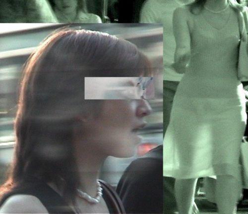 【盗撮エロ画像】赤外線カメラで街撮りしたらパンティ透視状態だわwww 31枚 No.4