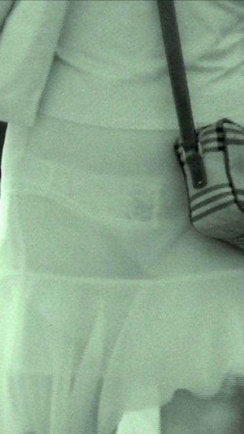 【盗撮エロ画像】赤外線カメラで街撮りしたらパンティ透視状態だわwww 31枚 No.5