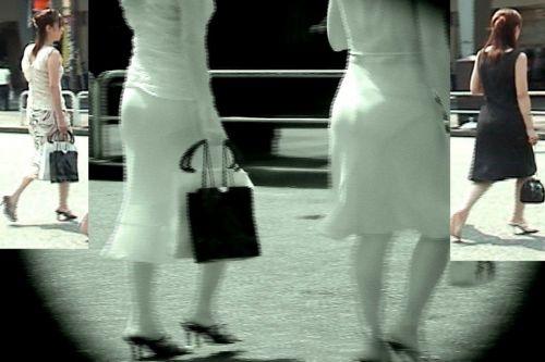 【盗撮エロ画像】赤外線カメラで街撮りしたらパンティ透視状態だわwww 31枚 No.15