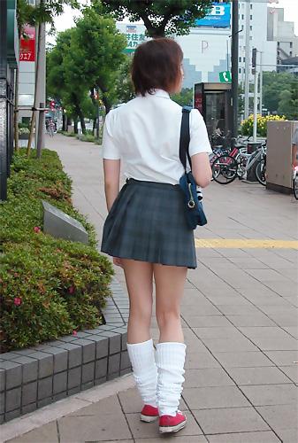 【※勃起注意】JKのナマ足・太もも盗撮画像まとめ 39枚 part.13 No.13