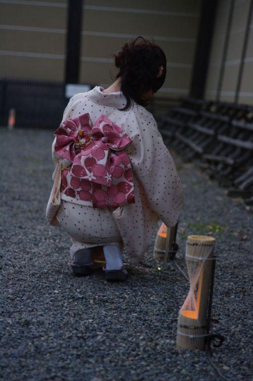 【画像】ノーパン・ノーブラの着物を着た和服美人がエロ過ぎww 34枚 No.6