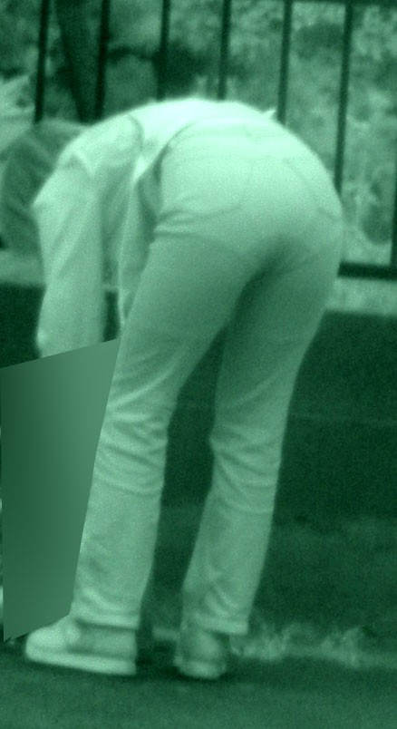 赤外線盗撮でパンティが丸見えになって素人ギャルのエロ画像 33枚 No.3