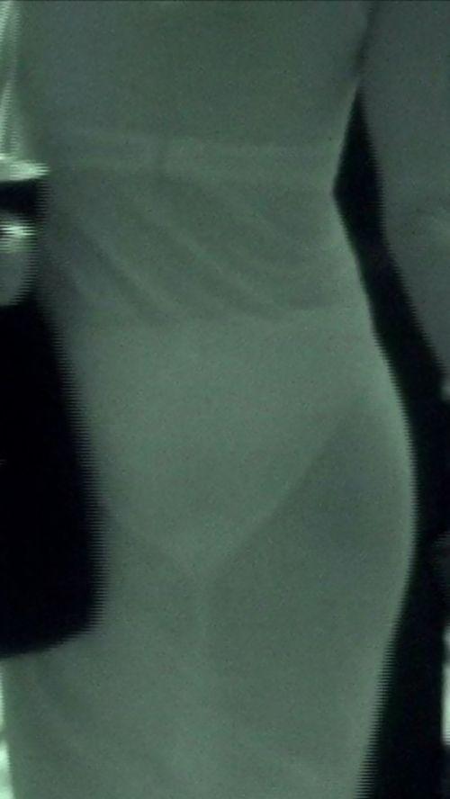 赤外線盗撮でパンティが丸見えになって素人ギャルのエロ画像 33枚 No.21
