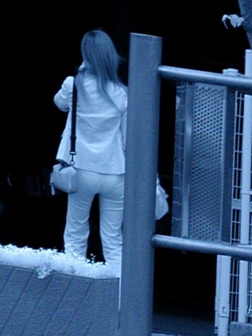 赤外線盗撮でパンティが丸見えになって素人ギャルのエロ画像 33枚 No.22