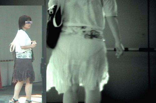 赤外線盗撮でパンティが丸見えになって素人ギャルのエロ画像 33枚 No.29