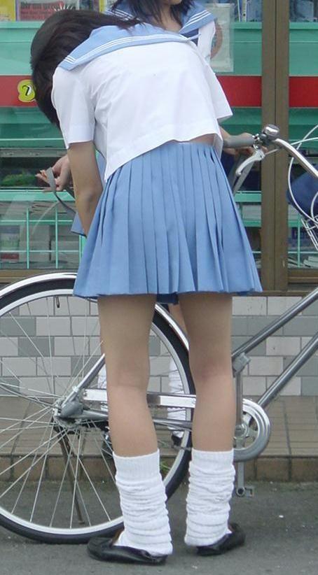 JKの自転車パンチラ盗撮画像集めたから貼っていくわ! 42枚 part.2 No.25