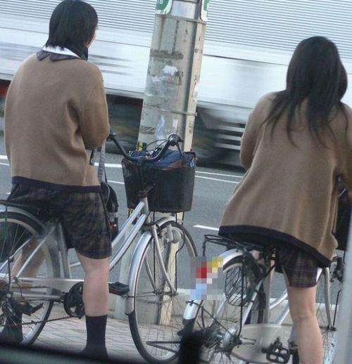JKの自転車パンチラ盗撮画像集めたから貼っていくわ! 42枚 part.2 No.26
