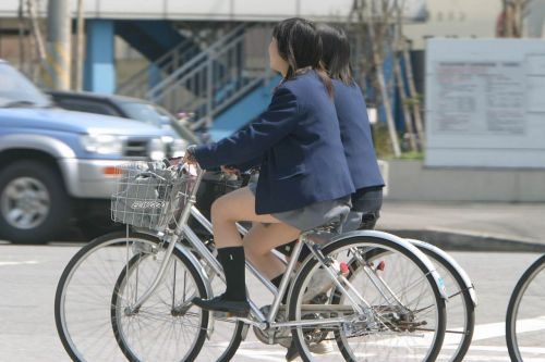 JKの自転車パンチラ盗撮画像集めたから貼っていくわ! 42枚 part.2 No.28
