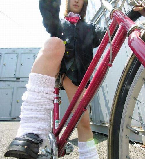 JKの自転車パンチラ盗撮画像集めたから貼っていくわ! 42枚 part.2 No.29