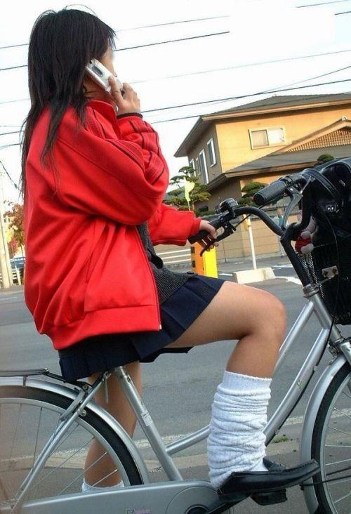 JKの自転車パンチラ盗撮画像集めたから貼っていくわ! 42枚 part.2 No.30