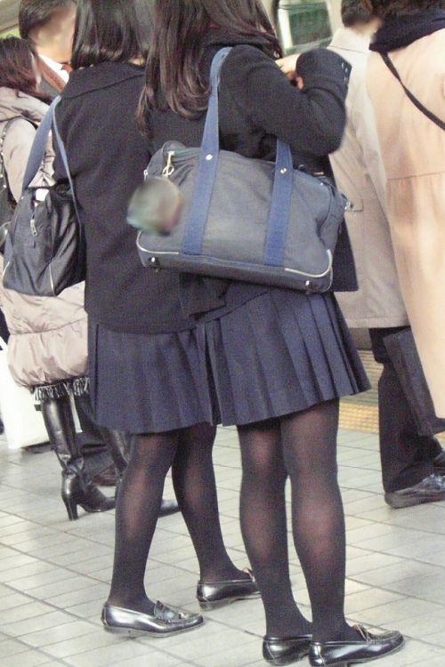 女子校生のミニスカに黒タイツが清楚かつエロく見える件 37枚 No.13