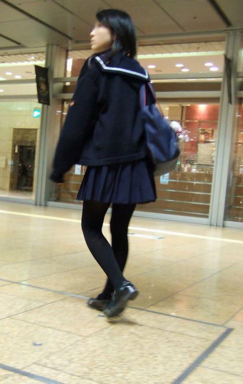 女子校生のミニスカに黒タイツが清楚かつエロく見える件 37枚 No.21