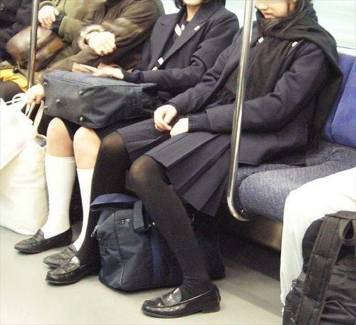 女子校生のミニスカに黒タイツが清楚かつエロく見える件 37枚 No.31