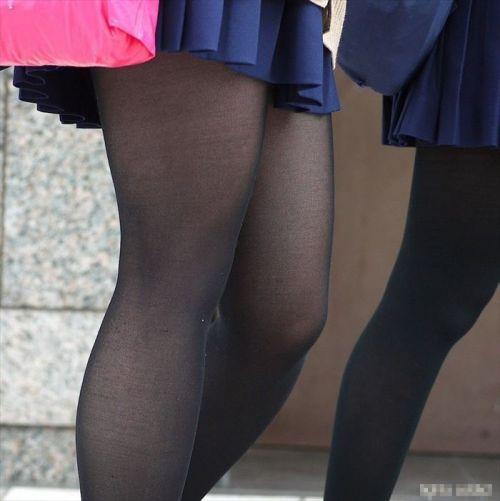 女子校生のミニスカに黒タイツが清楚かつエロく見える件 37枚 No.32