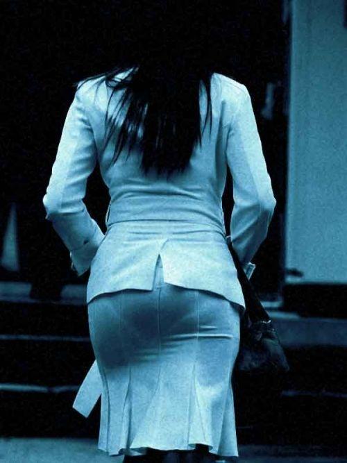 【画像】どんなパンティ履いてるか気になったら赤外線盗撮一択www 31枚 No.2