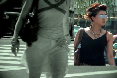 【画像】どんなパンティ履いてるか気になったら赤外線盗撮一択www 31枚 No.4