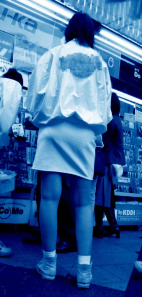 【画像】どんなパンティ履いてるか気になったら赤外線盗撮一択www 31枚 No.16