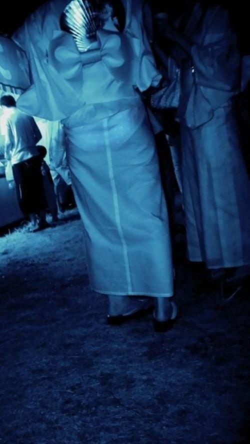 【画像】どんなパンティ履いてるか気になったら赤外線盗撮一択www 31枚 No.19
