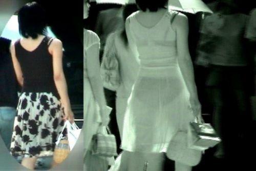 【画像】どんなパンティ履いてるか気になったら赤外線盗撮一択www 31枚 No.20