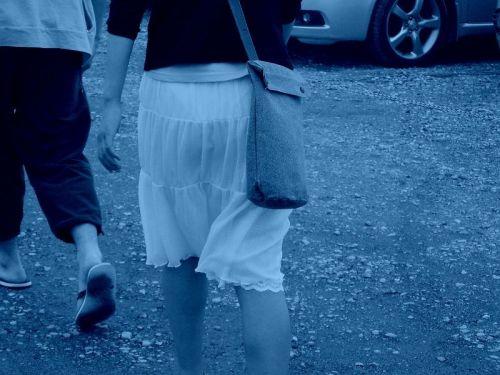 【画像】どんなパンティ履いてるか気になったら赤外線盗撮一択www 31枚 No.25