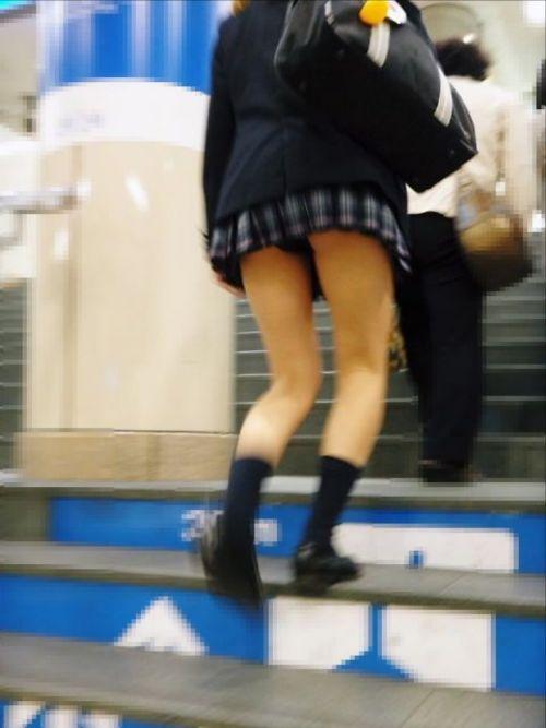 女子校生の階段パンチラ画像がエロ過ぎワロリンww 31枚 No.2