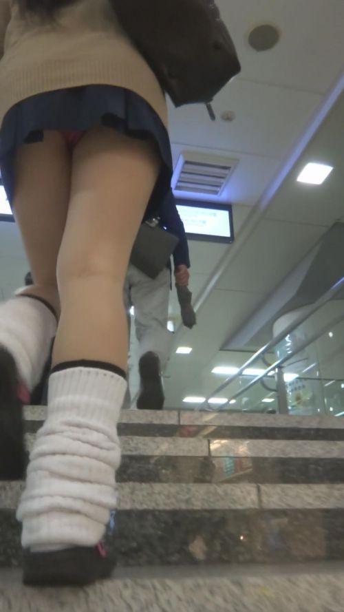女子校生の階段パンチラ画像がエロ過ぎワロリンww 31枚 No.18