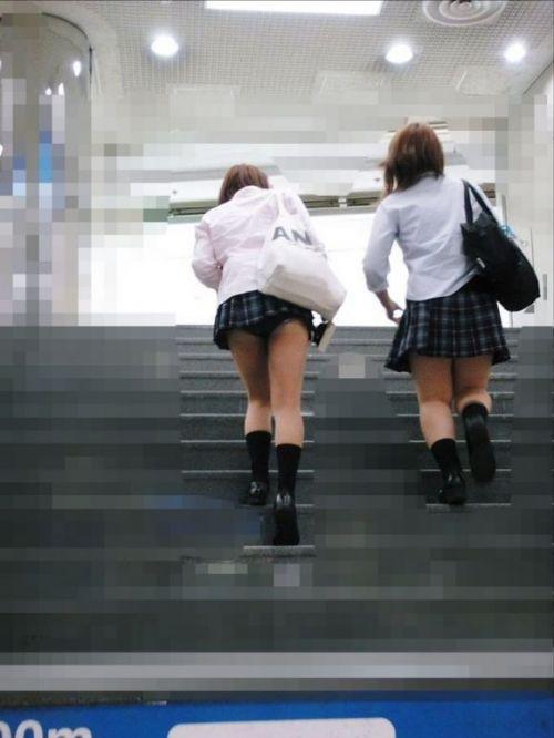 女子校生の階段パンチラ画像がエロ過ぎワロリンww 31枚 No.23