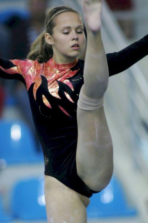 女子アスリートが競技で輝く一瞬をエロく切り取ったハプニングエロ画像 37枚 No.36