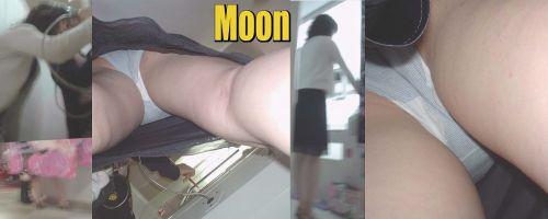 【盗撮画像】プリクラでミニスカギャルたちを逆さ撮りした結果www 38枚 No.31